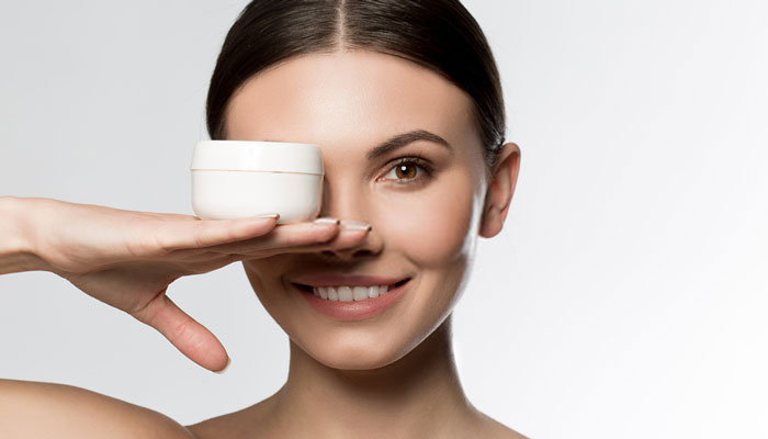 eye cream treatment